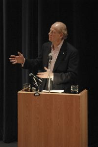 John Ralston Saul 2006 (CC-by.2.0 von Tavis from Canada)