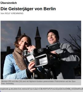 Minckee (26) und Alex (34) sind mit Hightech-Geräten paranormalen Phänomenen auf der Spur.Foto: Kremming Screenshot: brightsblog