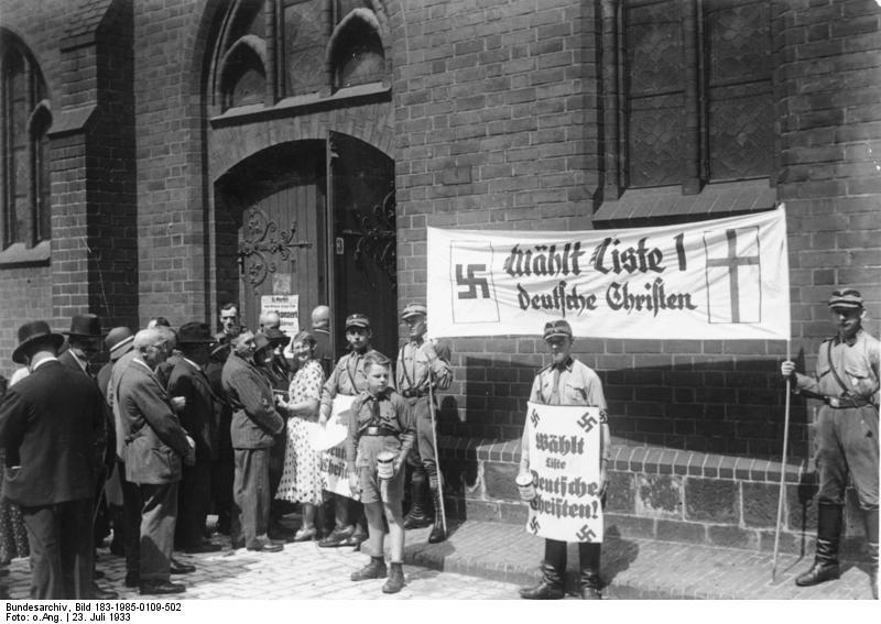 """Propaganda der """"Deutschen Christen"""" in Berlin (Bild: Bundesarchiv, Bild 183-1985-0109-502 / CC-BY-SA)"""