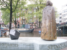 Spinoza Denkmal in AmsterdamBild: BB