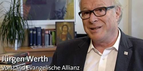 Der Vorstandsvorsitzende von ERF Medien, Jürgen Werth. Screenshot: ARD.de