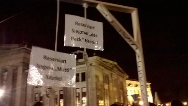 Bild von einerPegida-Demo. Twitter