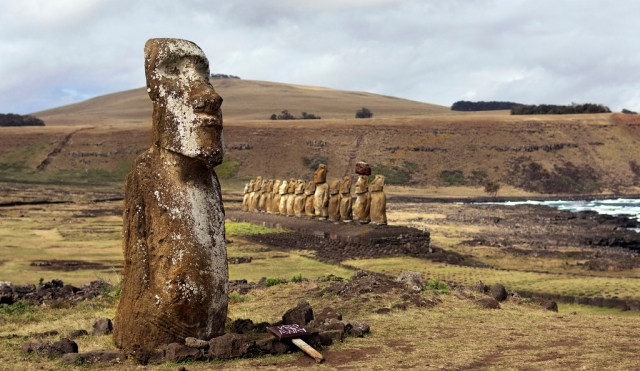 Moai at Ahu Tongariki, Rapa Nui. Image: Flickr/travelwayoflife