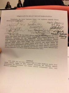 """AKP-Gesetzesentwurf über Strafaussetzung bei """"sexuellen Missbrauch"""" mit Heirat sorgt für Eklat. Bild: turkishpress.news"""